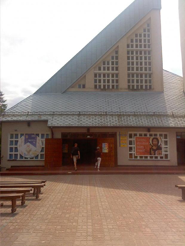 Dźwirzyno. ; p #kościół #budowle