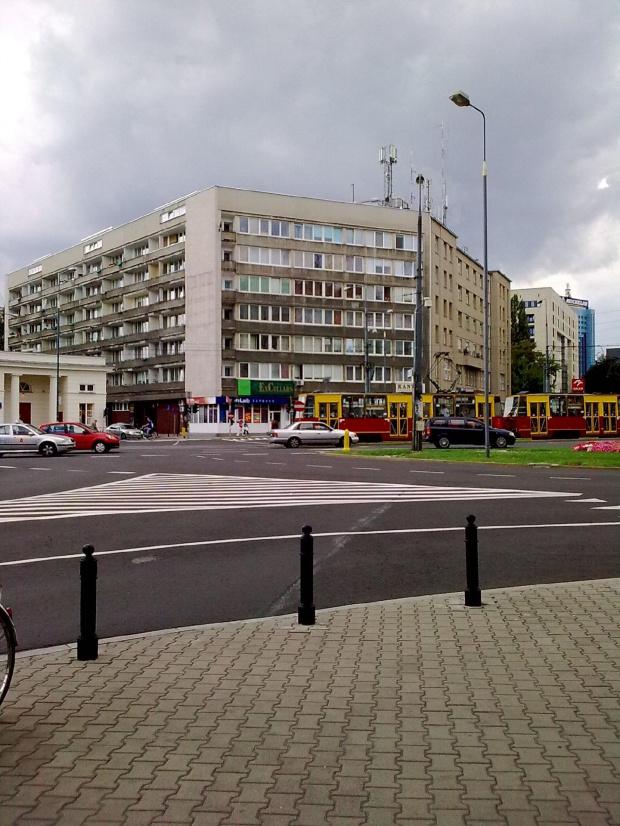 Warszawa- Plac Uni Lubelskiej #warszawa #widok #budynek