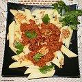 Penne z pesto orzechowo-słonecznikowym . Przepisy do zdjęć zawartych w albumie można odszukać na forum GarKulinar . Tu jest link http://garkulinar.jun.pl/index.php Zapraszam. #makaron #penne #orzechy #słonecznik #pesto #sos #obiad #gotowanie