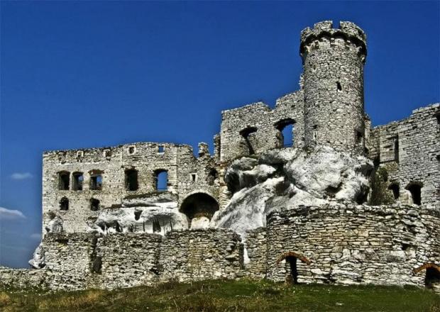 Ogrodzieniec z innej strony:) #evasaltarski #ogrodzieniec #ruiny #zamek