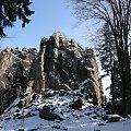 Sokolik - rewelacyjny punkt widokowy w Rudawach Janowickich koło Jeleniej Góry #Sokolik #RudawyJanowickie #Góry #zima #JeleniaGóra
