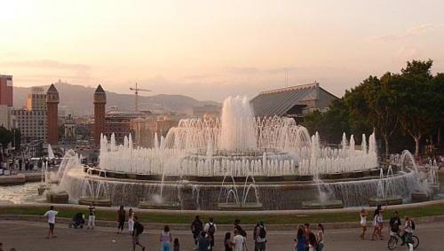#fontanna #fontanny #hiszpania #woda #słońce #barcelona #wakacje