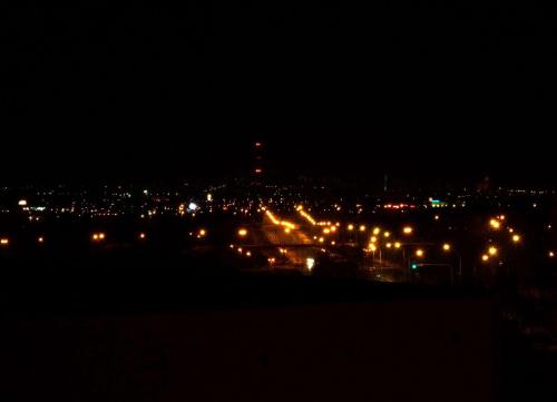 #architektura #budowle #budowla #noc #krajobraz #widok #częstochowa #ulice #miasto #mrok #ciemno #ciemność #promenada