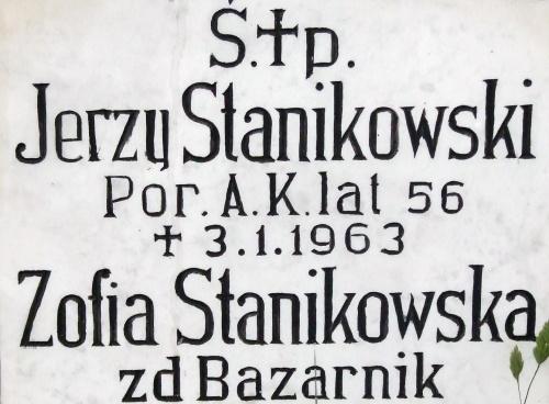 Gniezno grobowowiec cm. św Piotra i cm. Krzyża Żołnierz AK Jerzy Stanikowski