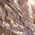 www.karier.pl; Golden Lime Brickstone, łupanka wapienna w modułach 60x15x3, łatwy montaż super efekt - kominki sciany wewnętrzne #karier #marmur #granit #trawertyn #łupek #kamieniarstwo #budowlane #warszawa #bielany #żoliborz #kamień #wapień