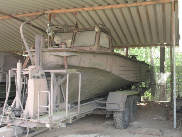 Saperski kuter holowniczy KH-200